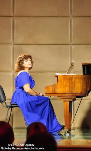 Резюме - концертмейстер (хореография, вокал), инструменталист - исполнитель,  преподаватель по классу фортепиано