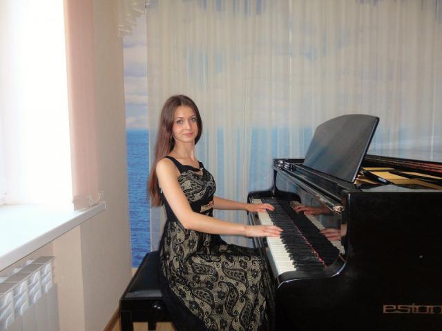 Резюме - преподаватель по фортепиано, репетитор, концертмейстер